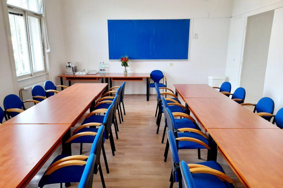 Od září se opět vrací prezenční formy nejrůznějších typů vzdělávání pro zaměstnance